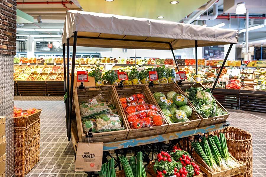 Obst und Gemüse bei REWE in Köln
